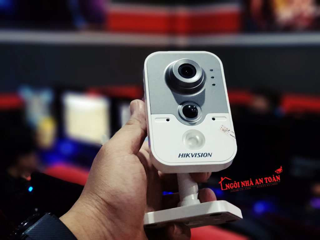 lắp đặt camera quan sát phòng net